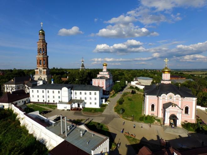 Иоанно-Богословский монастырь. Фото