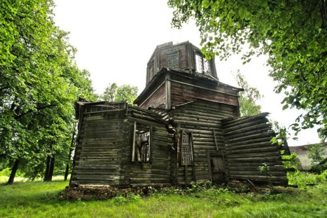 Деревянный храм в Орехово. Фото