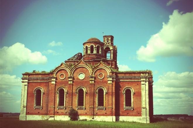 Храм Иоанна Богослова в Хавертово. Фото