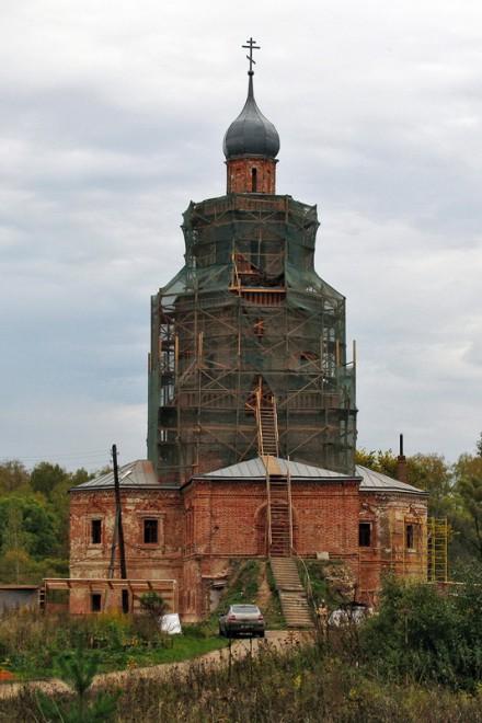 Озерский район - Сенницы - храм 1709 года в Сенницах