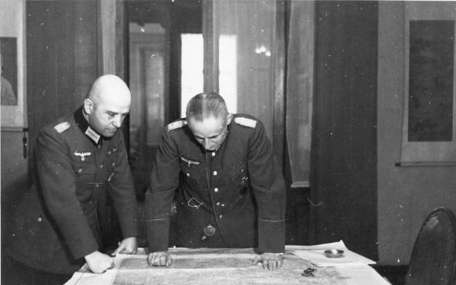 Эрнст-Кёстринг-(справа)