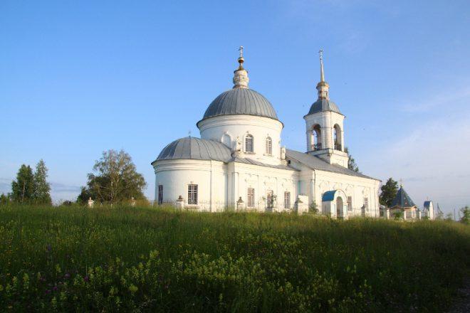 Спасская церковь в Борках. Фото